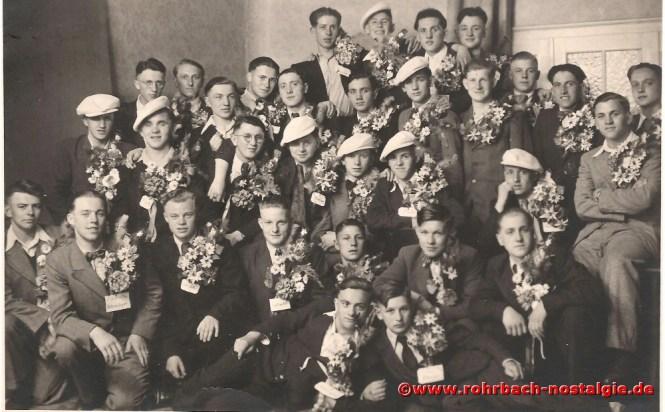 1940 Die Musterung des Jahrganges 1923 wird zum großen Ereignis. Noch ist man guter Dinge und möchte unbedingt Soldat werden. 21 Soldaten dieses Jahrganges sind gefallen