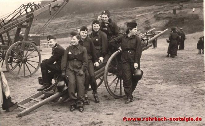 Rohrbacher Frauen während des Krieges bei der Freiwilligen Feuerwehr