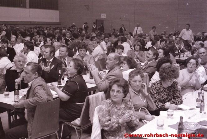 1980 Blick in die Zuschauer beim Freundschaftssingen anlässlich des 120-jährigen Bestehens in der Rohrbachhalle