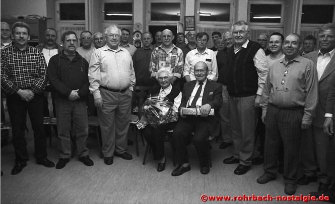 2000 Ehrung für den wohl ältesten aktiven Sänger Deutschlands Willi Hardeck, auf dem Foto mit seiner Frau Ella