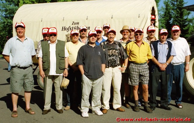 2002 Der Chor macht eine Planwagenfahrt im Bliesgau