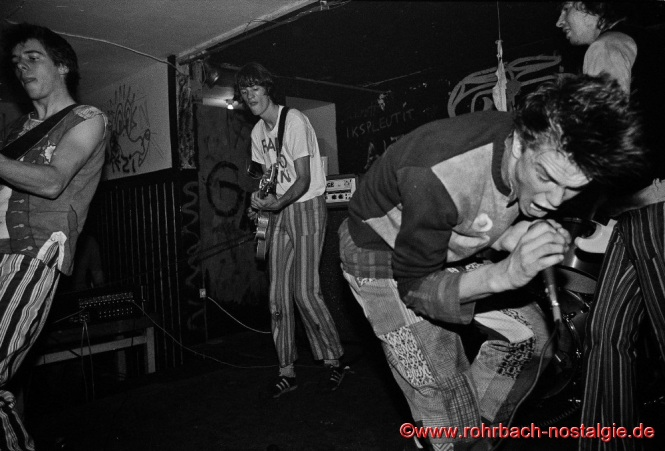 Die Toten Hosen mit Campino in der Punkkneipe Tote Hose in Rohrbach