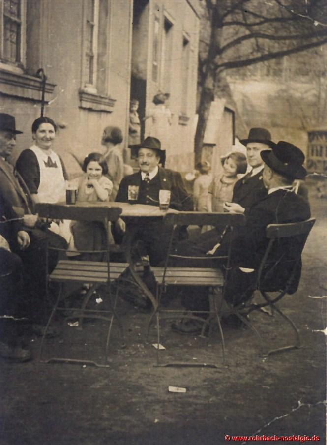 1939 Gäste in der Gartenwirtschaft Hussong-Pauly