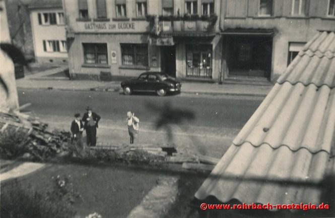 1955 Blick auf das Rohrbacher UT-Kino, rechts neben dem Hotel Erbelding