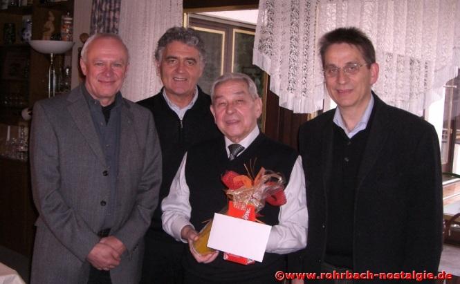 2008 Auch die ehemaligen Schüler Horst Diehl, Wolfgang Kaiser und Karl Abel sind zum Gratulieren gekommen