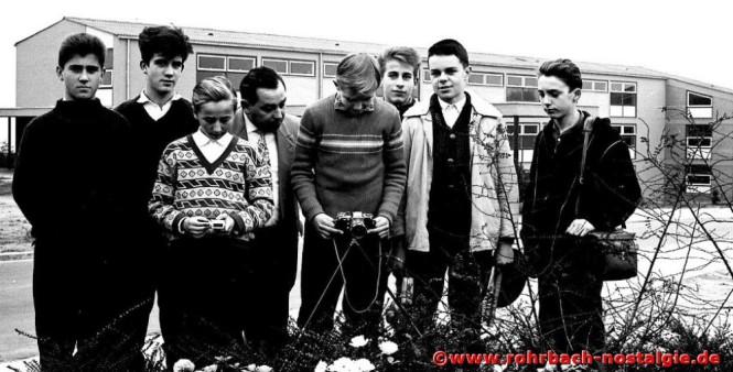 1962 Fotokurs mit Albert Senzig. Auf dem Foto von links: josef Bayer, Walter Meier, Lothar Burkhart, Albert Senzig, Werner Hammann, Karl Abel, Egon Wittmer und Claus Dieter Hardeck
