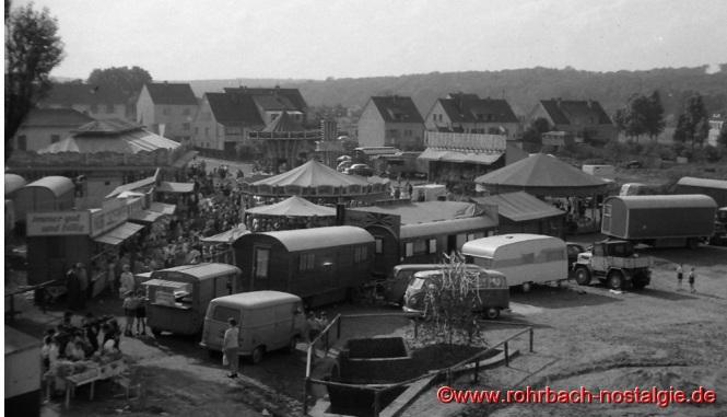 1963 findet erstmals das Johannesfest und die Kirmes auf dem neuen Marktplatz Hinter den Gärten sttt