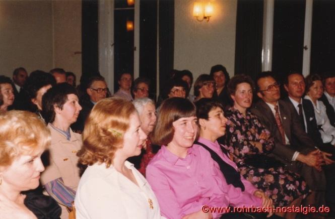 1981 Aufmerksame Zuhörerinnen beim Vortrag von Reri Grist