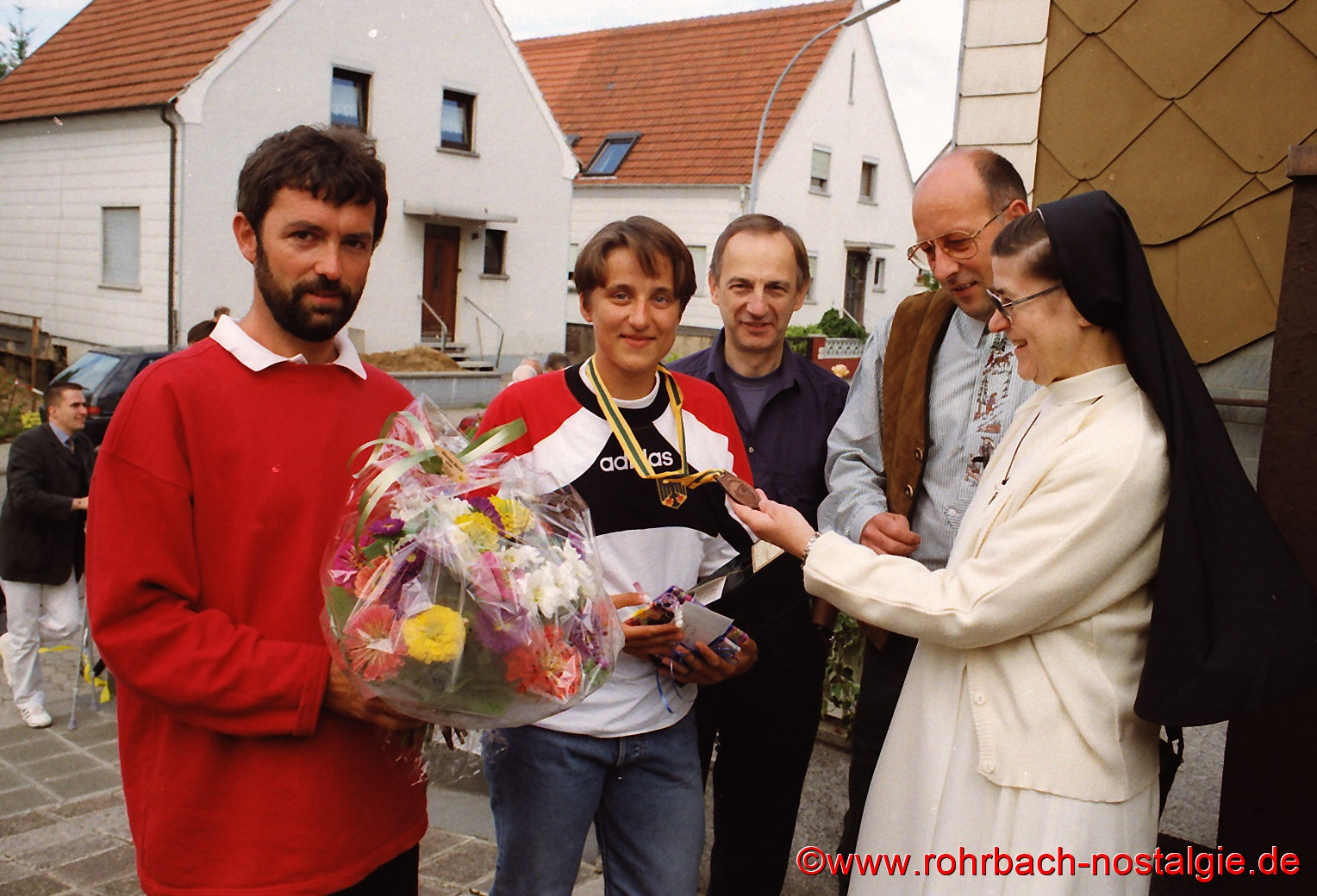 1996-09-01-sandras-heimkehr-aus-sydney-1