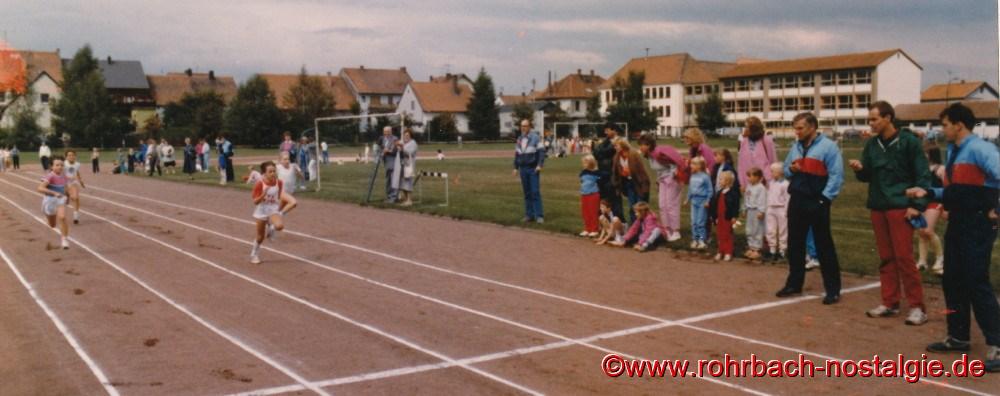 1986 Sandra abel bei einem Wettkampf in Limbach