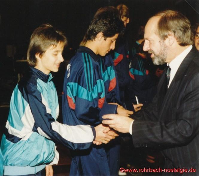 1988 Ehrung beim Ball des Sports der Stadt St.Ingbert Dr. Winfried Brandenburg