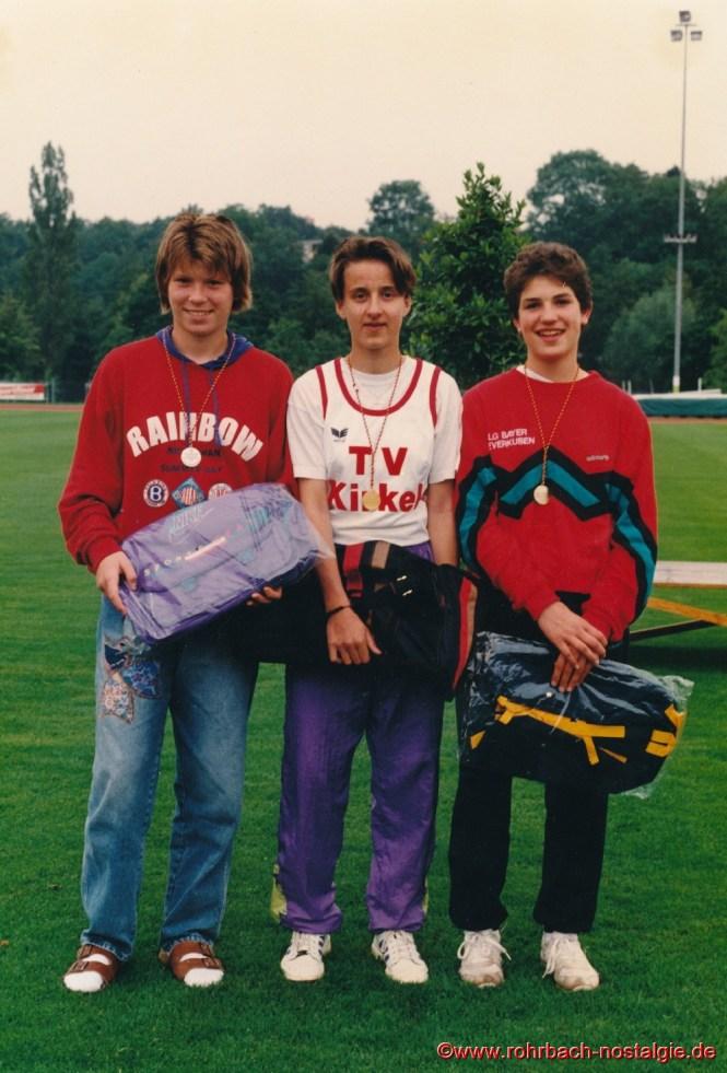 Die 3 Medaillengewinner: Claudia Venghaus, Sandra Abel und Caroline Gerhardt