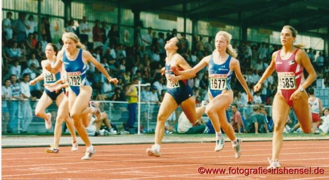 07. Juli 1995 : 100 m Endlauf bei den Deutschen Jugendmeisterschaften in Rhede. Sandra Abel (3. von rechts) wird in 12,04 sec. Achte