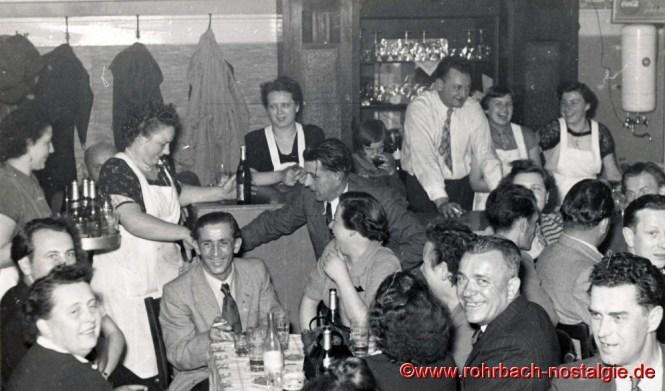Kirmestreiben in den 50er Jahren im Gasthaus Persil